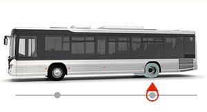 Autobus monte pneus rechapés essieu moteur